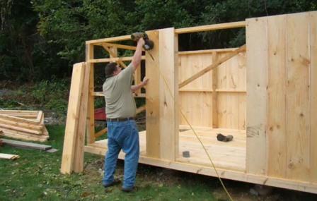 Деревянный домик фото