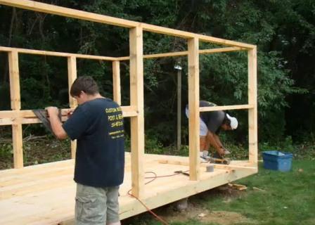 Как сделать маленький деревянный домик
