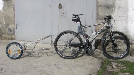 Одноколесный грузовой велоприцеп