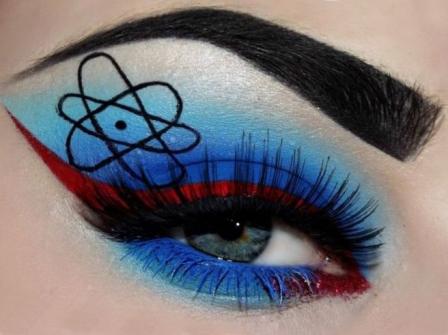 Красивый макияж для синих глаз