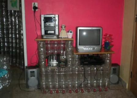Тумба под телевизор и музыкальный центр