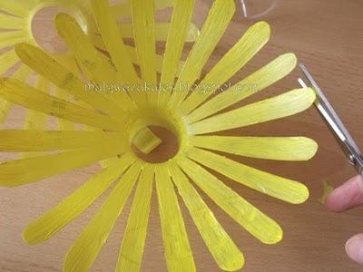 поделки цветов из пластиковых бутылок